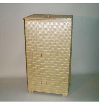 Ropero rectangular de tireta de mimbre color natural